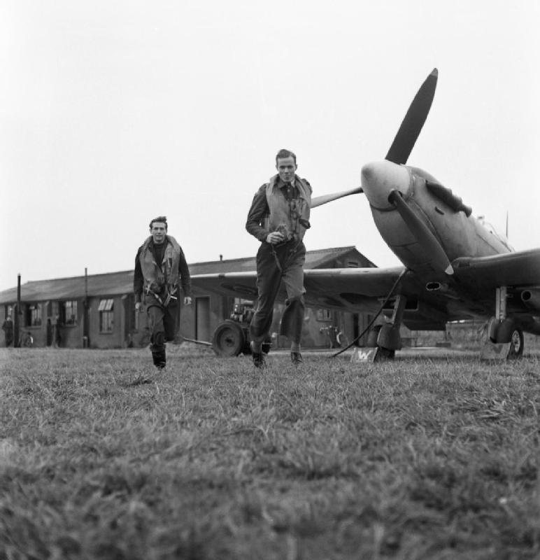 Eagle Squadrons: US Men Flew For Brits | The National WWII