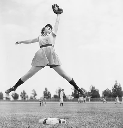 a history of softball and women in softball Women and sports essays 3142 words | 13 pages gain a semblance of equality in sports throughout history, women have been both excluded from playing sports and.