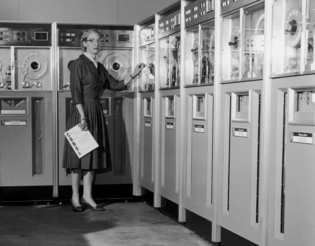 Grace Hopper Google Doodle Honors Grace Hopper Early Computer Scientist Elie M