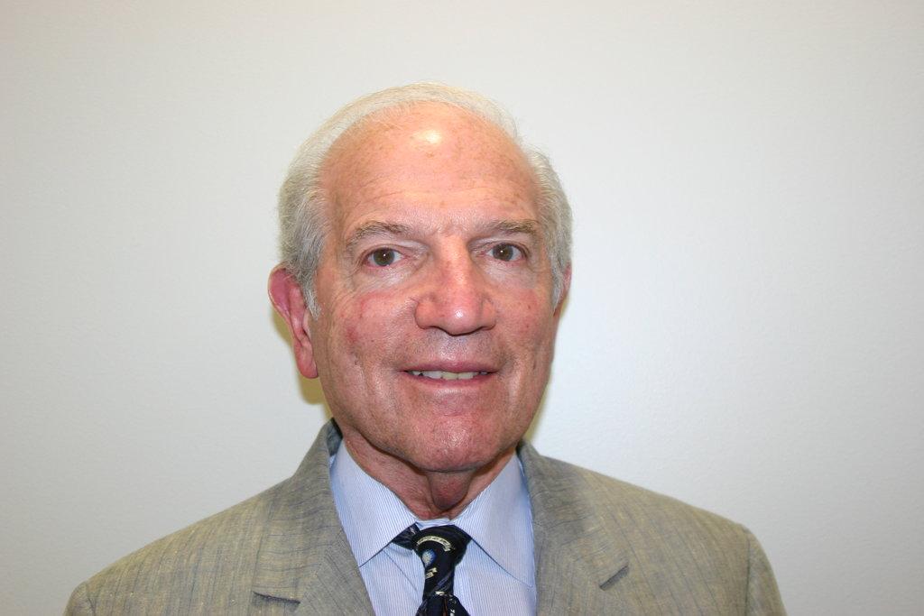 Dr. Ralph E. Lupin