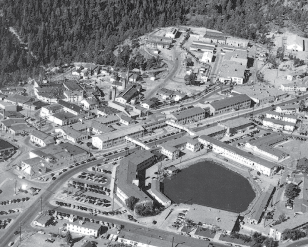 scitech tuesday the manhattan project goes critical roosevelt los alamos was built high in the mountains of northern new