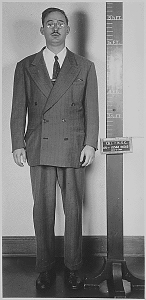 A natty Rosenberg at his arrest.